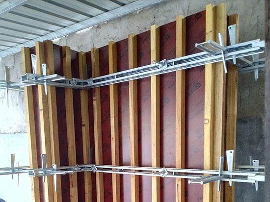 剪力墙模板支撑